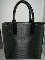 Продам сумку Velina Fabbiano из кож.зам. Состояние идеальное.